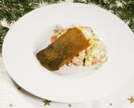 Smažený kapr s domácím bramborovým salátem